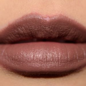 MAC STYLED IN SEPIA MATTE LIPSTICK LIMITED